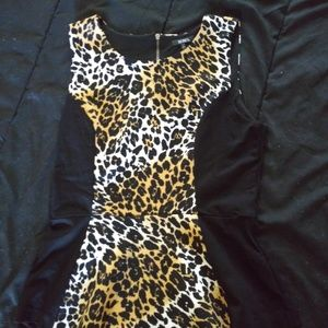 XOXO sleeve less animal print top
